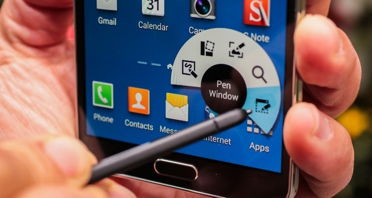 The_new_Samsung_Galaxy_Note_3__S_Pen_window_046549_