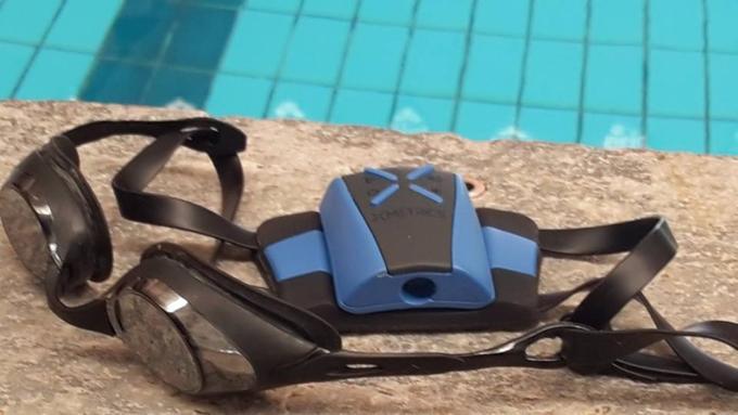 xmetrics swimming wearable02