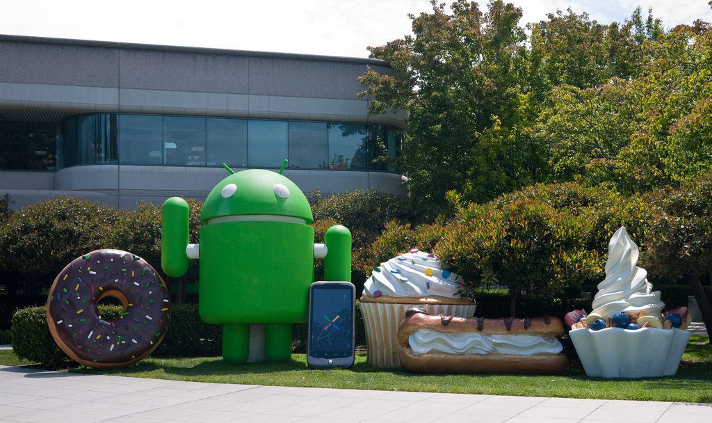 Android_Statues